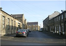 SE0724 : Thornton Terrace - Wainhouse Road by Betty Longbottom