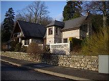 NJ6102 : Villa on Beltie Road by Stanley Howe