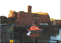 NT6779 : Dunbar Harbour & Castle by Allister Combe