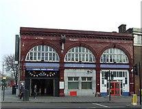TQ3179 : Lambeth North underground station by Thomas Nugent