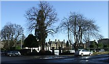 NS2776 : Ardgowan Square by Thomas Nugent