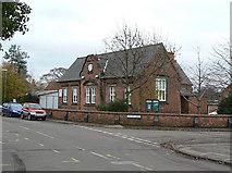 SK6443 : Old School by Alan Murray-Rust