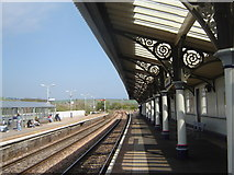 NO8686 : Stonehaven railway station by Ruth Sharville
