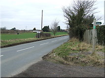 TM1551 : Entering Henley by Keith Evans