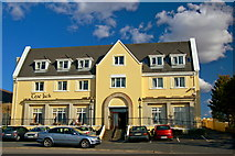 B8129 : Glashagh - Teach Jack's Hotel on a sunny day by Joseph Mischyshyn