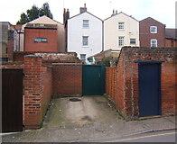 TM2749 : Woodbridge back street by Andrew Hill