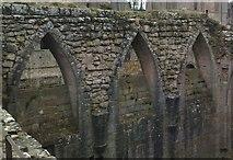 SE2768 : Pointed Arches by Matthew Hatton