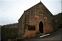 SK2563 : Stanton Lees Chapel by David Lally