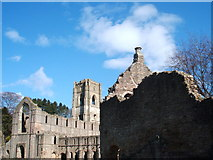 SE2768 : Guest House and Church, Fountains Abbey by Peter Barr