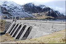 NN6039 : Lawers Dam by Patrick Mackie