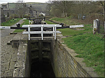 SE0511 : Lock 39E, Huddersfield Narrow Canal by michael ely