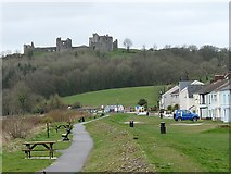 SN3510 : Llansteffan Castle by Robin Drayton