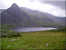 SH6659 : Tryfan seen across Llyn Ogwen by Kenneth Yarham