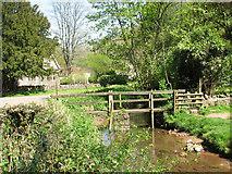 ST5192 : Footbridge over the Mounton brook by Roy Parkhouse