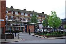 TQ3379 : Arnold Estate, Tanner St, Bermondsey by N Chadwick