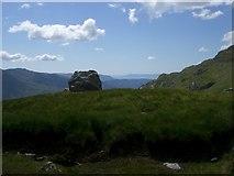 NM9095 : Erratic above the Mam na Cloich Airde by Alistair Nixon