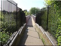 TQ3187 : Footbridge over the East Coast Main Line by Oxyman