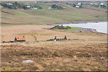NC0206 : Ruined Crofts and Broch at Loch Poll an Dunain by Peter Gamble