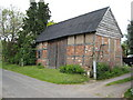 SO9054 : Traditional barn in Bredicot by Philip Halling
