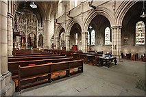 TQ2479 : St John the Baptist Church, Holland Road, London W14 - South arcade by John Salmon