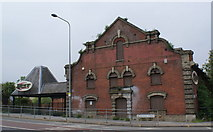 TM1543 : Old mill building on Princes Street by Oxymoron