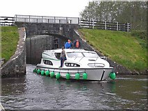 H0609 : Castlefore Lock on the Shannon-Erne Waterway by Oliver Dixon