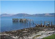 NS0767 : Old Pier, Port Bannatyne by Barbara Carr