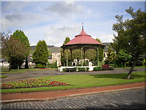 NS7177 : Bandstand in Kilsyth by Stevie Spiers