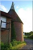 TQ6049 : Oast house, Grange Farm (2) by N Chadwick