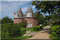 TQ6526 : The Roundels, Station Road, Stonegate, East Sussex by Oast House Archive