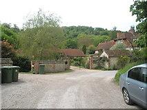 SU7328 : Middle Oakshott Farm by Basher Eyre