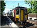 NT2170 : Train at Kingsknowe Station by kim traynor