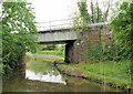 SO9263 : Railway Bridge, Worcester and Birmingham Canal by Pierre Terre