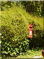 ST7600 : Cheselbourne: postbox № DT2 180 by Chris Downer