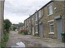 SE1527 : Sadler Street - Huddersfield Road by Betty Longbottom