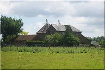TQ6350 : Fuggles Oast & Bassetts Oast, Maidstone Road, Hadlow, Kent by Oast House Archive