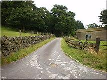 SE0424 : Road to Hollins Farm by Alexander P Kapp