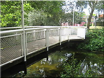 TR1558 : Footbridge from Sainsbury's to Kingsmead Centre, Canterbury by David Anstiss