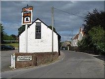 SU2771 : Ramsbury: Scholard's Lane by Nigel Cox