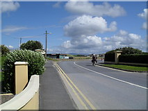 G8667 : Rossnowlagh village by Dean Molyneaux