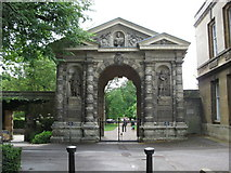SP5206 : Entrance to the Botanic Gardens by don cload