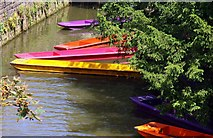 SP5206 : Colourful punts on the Cherwell by Steve Daniels
