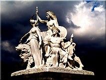 TQ2679 : Albert Memorial by tristan forward