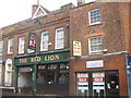 Photo of Henry V, Henry VIII, and Red Lion Inn, Sittingbourne green plaque