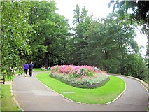 TQ1873 : The Oval Flower Bed, Pembroke Lodge, Richmond Park by Chris Reynolds