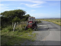 SD2063 : Old Tractor by Colin Kinnear