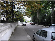 TQ2678 : The Boltons looking toward Old Brompton Road by PAUL FARMER