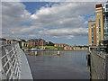 NZ2563 : River Tyne, Gateshead by wfmillar
