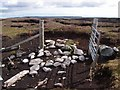 HP5103 : Gate onto Sandwater Hill by Alan Bowring
