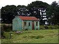 SN1330 : Little tin shed on Rhos Fach by ceridwen